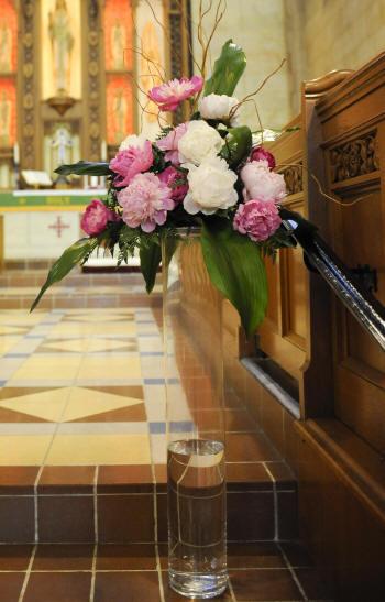 Wedding Cake Decorations Using Pink Peony Flowers