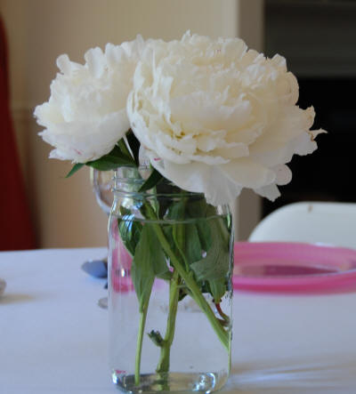 Flower Bouquets on How To Make Wedding Bouquets Using Peonies
