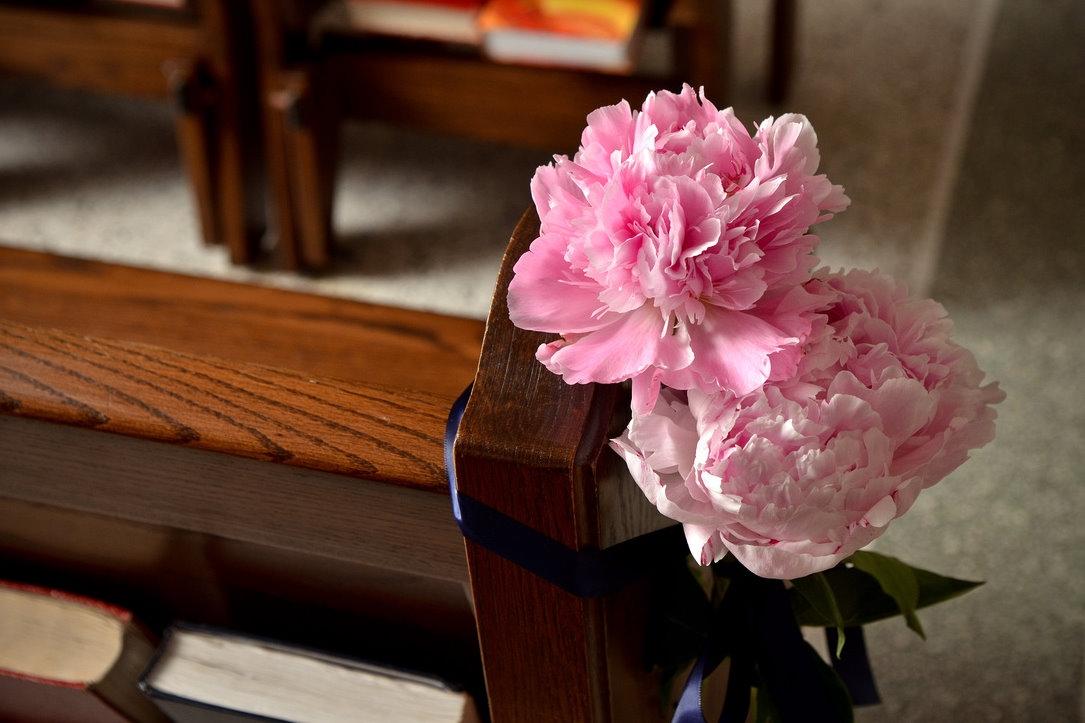 Wedding Flower Ideas Church Pews Flowers Healthy